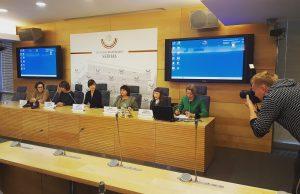 Konferencijos dalyviai: Rūta Udraitė Mikalauskienė, Henrika Varnienė, Radvilė Morkūnaitė Mikulėnienė, Dana Migaliova ir Kristina Dūdonytė